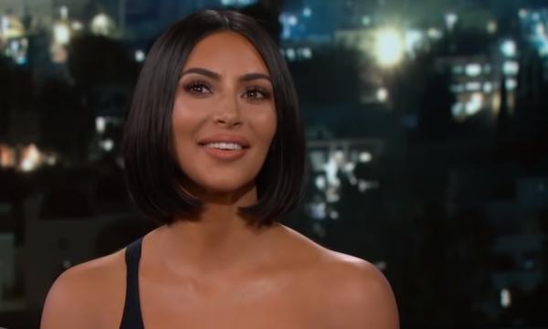 Kim Kardashian quebra silêncio após insinuação sobre sexualidade de ator e acusação de homofobia