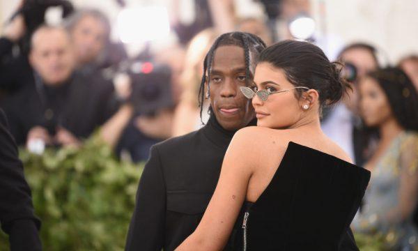 Travis Scott presenteia Kylie Jenner com item para uma de suas coleções milionárias; descubra!