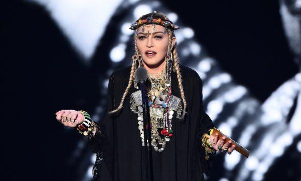 'VMA 2018': Madonna sofre duras críticas após homenagem a Aretha Franklin: 'Desrespeito!'