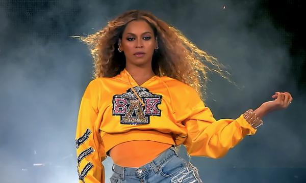 Beyoncé revela detalhes do aniversário e confirma ter renovado votos de casamento com Jay-Z: 'Ano monumental'