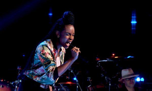 'The Voice': Garota arrasa ao cantar Adele em audição às cegas, faz todos os técnicos virarem e realiza sonho no palco!
