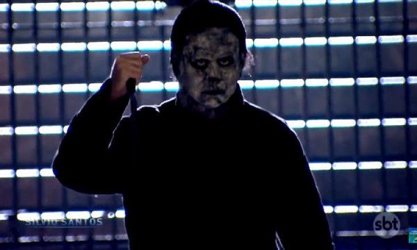 """Assustador! Sílvio Santos faz pegadinha bizarra inspirada em """"Halloween""""; confira!"""