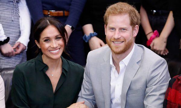 OMG! Meghan Markle e Príncipe Harry estão esperando um bebê e a futura vovó ficou emocionada com a notícia!