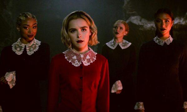 """Treta trevosa! Templo satânico processa Netflix e Warner Bros. em 50 milhões de dólares por série """"O Mundo Sombrio de Sabrina"""""""