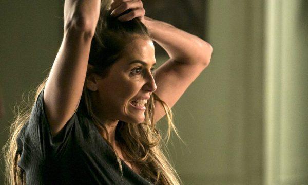 """Deborah Secco corta o cabelo para reta final de """"Segundo Sol""""; saiba como atriz manteve novo visual em segredo!"""