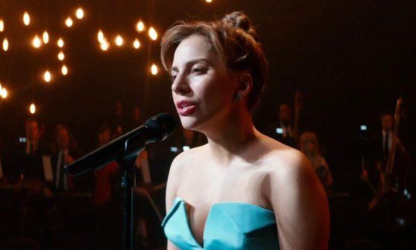 """""""Nasce Uma Estrela"""": Lady Gaga lança clipe emocionante para """"I'll Never Love Again""""; assista"""