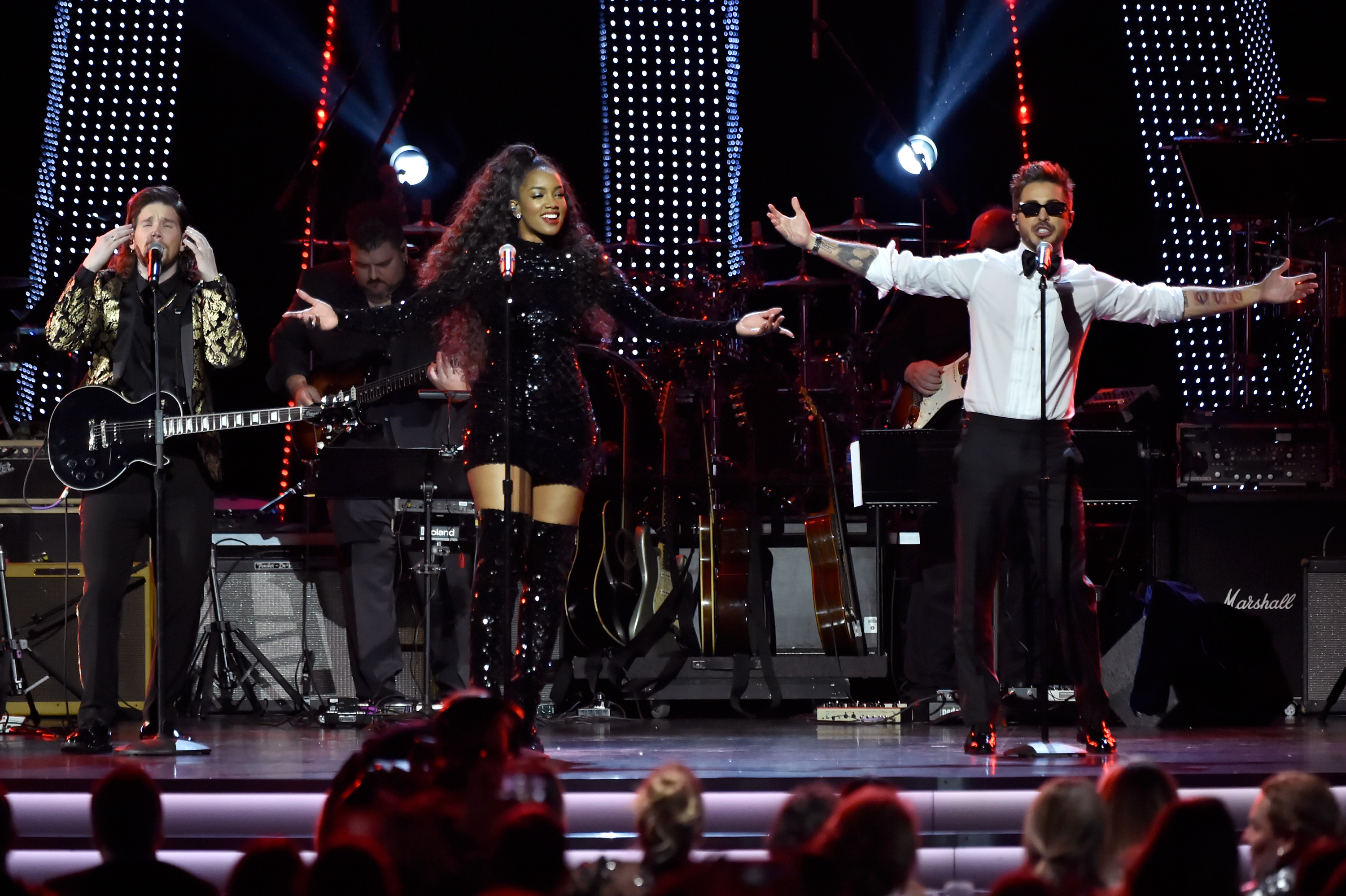 the-19th-annual-latin-grammy-awards-person-of-the-year-gala-honoring-mana-show-4