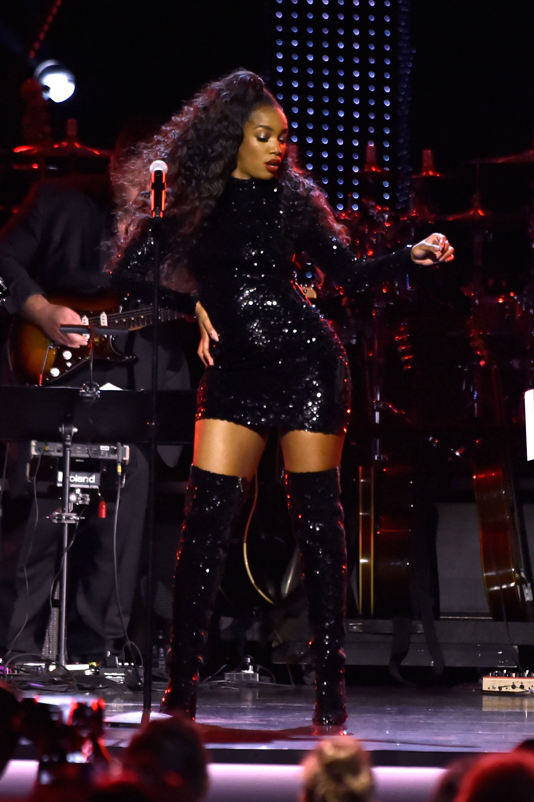 the-19th-annual-latin-grammy-awards-person-of-the-year-gala-honoring-mana-show-5