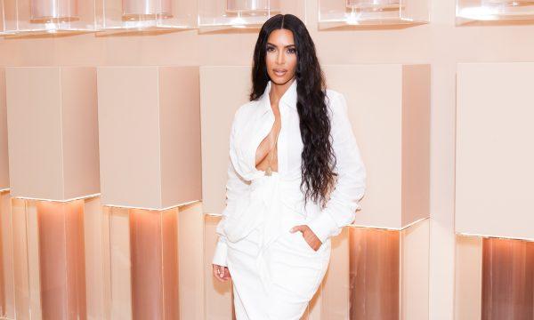 'KUWTK': Kim Kardashian choca ao revelar que estava drogada em polêmica sextape e em seu casamento!