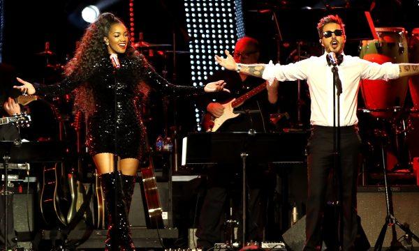 DIVA! Iza arrasa ao lado da banda Piso 21 em tributo ao Maná no pré-Grammy Latino; vem assistir