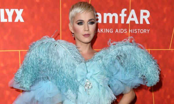 Katy Perry critica Trump após declaração sobre incêndios na Califórnia; famosos lamentam tragédia